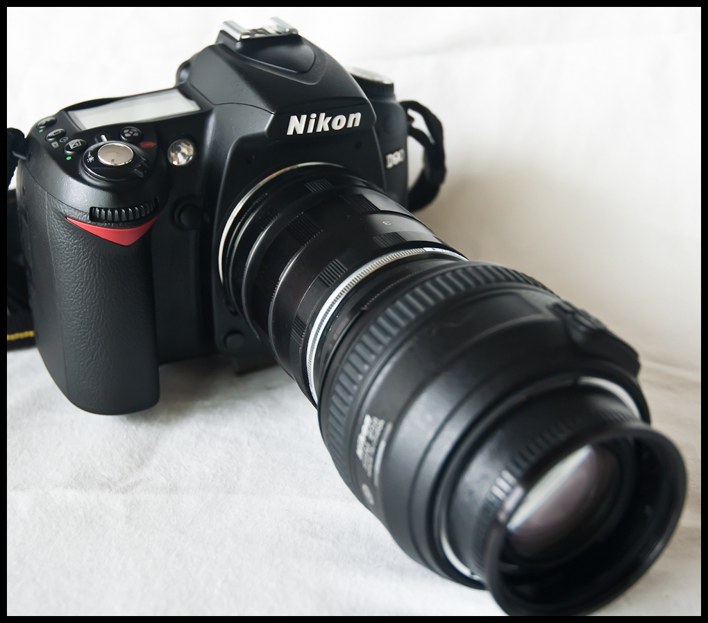 » Howto: Reverse a 50mm lens on a Nikon D90 keeganm.com